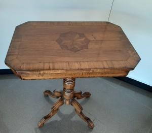 Art Pm208 Tavolino In Legno Con Intarsio